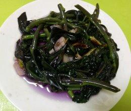 素炒血皮菜的做法