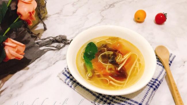 紫菜番茄干丝鲜汤#吃货打卡季#的做法