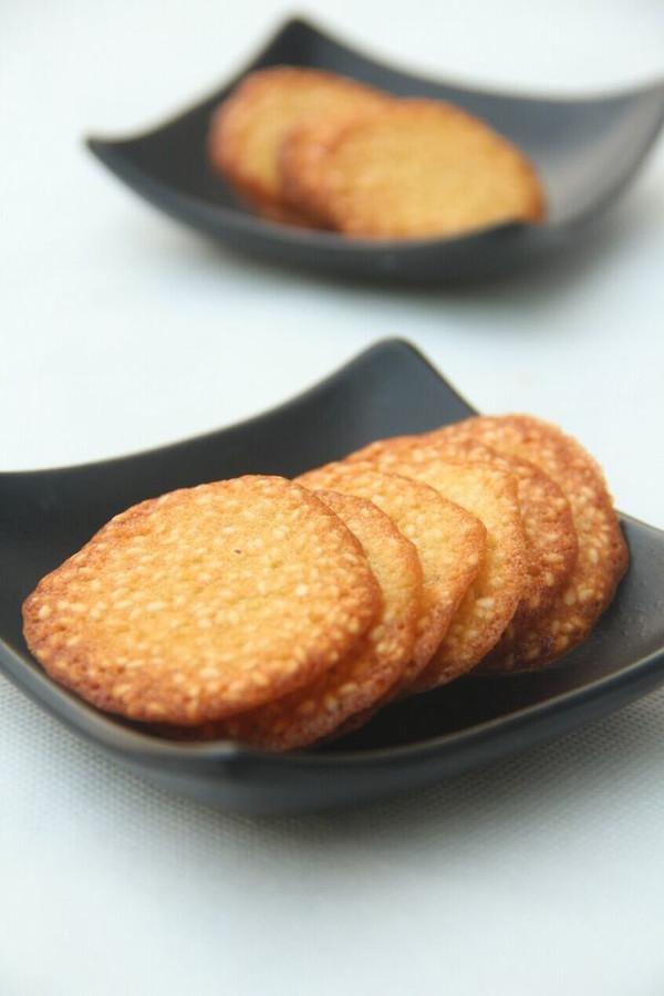 香脆芝麻薄饼