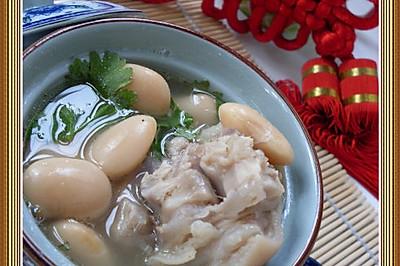 芸豆猪蹄汤