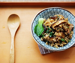 香菇油菜烩饭的做法
