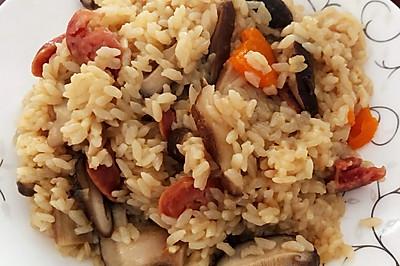 懒人香菇腊肠焖饭