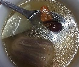牛尾山药萝卜汤的做法