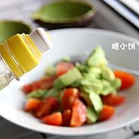 【牛油果沙拉】营养丰富。美容保健的做法图解7