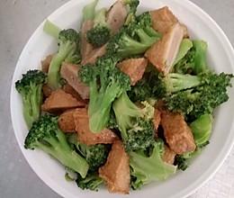 西兰花炒鱼豆腐