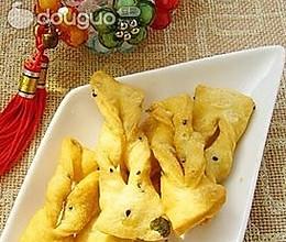 春节美食—香酥葱味腐乳蛋馓的做法