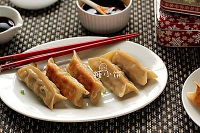 【香菇肉馅锅贴2款】薄皮闭口水煎版&厚皮开口脆底版
