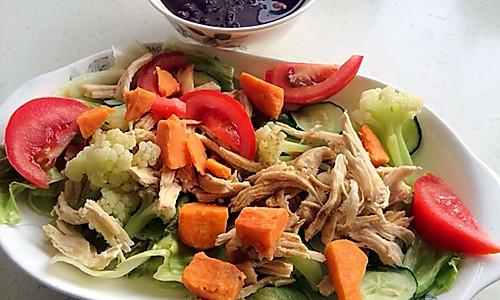 减脂晚餐:鸡胸肉沙拉 断油脂 健身前餐的做法
