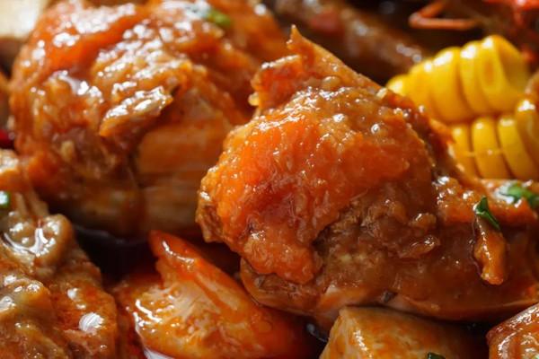 日食记   香辣明虾肉蟹煲