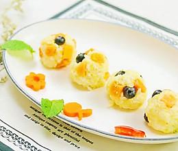 榴莲水果香饭团 宝宝辅食,大米+小米+高粱+木瓜+蓝莓的做法