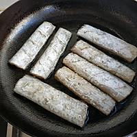 香煎带鱼的做法图解7