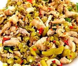 酸豇豆炒肉的做法