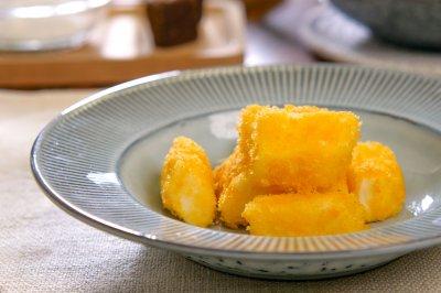 【炸鲜奶】广东传统甜品小吃,不用烤箱的营养美食,外脆内嫩的甜