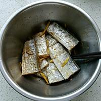 家常烧带鱼#厨此之外,锦享美味#的做法图解2