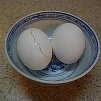 快速腌咸蛋黄(蛋黄酥、广式月饼用)的做法图解1