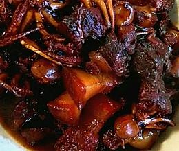 红烧肉炖八爪鱼的做法
