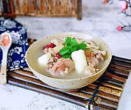 #我们约饭吧#鸭肉山药海鲜菇汤的做法