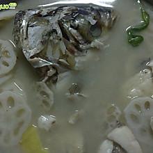 鲢鱼藕片汤