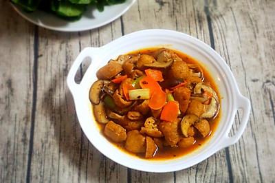 黄豆酱香菇烧油豆腐