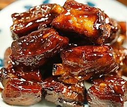 肉食控的天堂,吃完肉记得吮吮骨头上的酱!——南乳排骨的做法