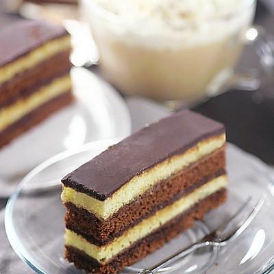 巧克力酱多重滋味蛋糕