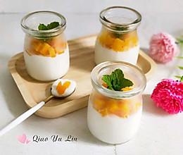 #花10分钟,做一道菜!#芒果牛奶布丁的做法