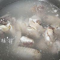 猴头菇炖鸡汤(秋冬养生)的做法图解5