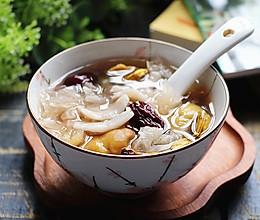 秋冬必吃的美味甜品,润肤润肺,补水防干燥,做法超简单!的做法