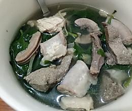 猪杂枸杞汤的做法