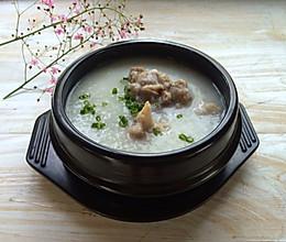 咸猪骨薏米粥的做法