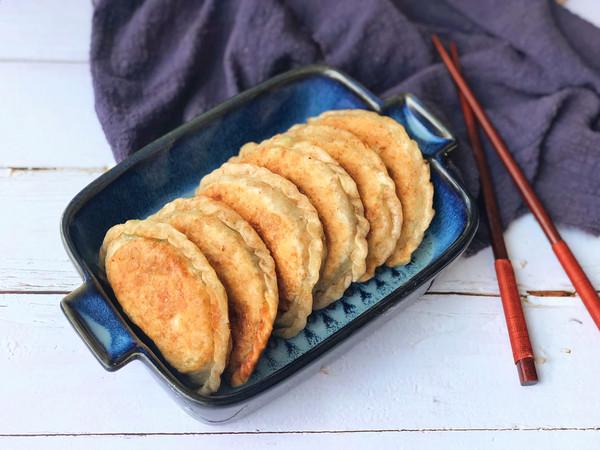 #秋天怎么吃# 秋季养生之海参韭菜盒子的做法