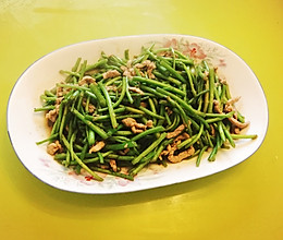 爽口鲜美の 芦蒿炒肉丝的做法