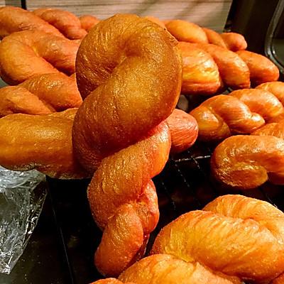 改良传统-拧成麻花的甜甜圈(免揉耗时版)