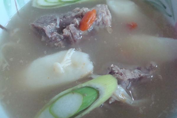 家乐上菜→排骨养生汤的做法