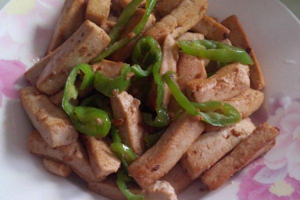 青椒炒豆腐的做法