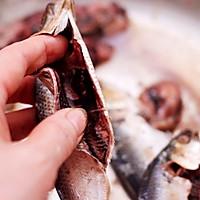 #带着零食去旅行!#干炸海鲫鱼的做法图解3