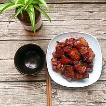 五花肉焖萝卜