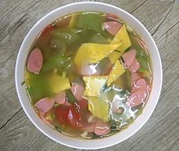 鸡蛋皮丝瓜西红柿汤的做法