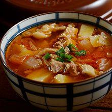 坤博砂锅西红柿土豆炖牛腩