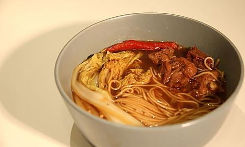[简单易学]红烧牛肉面的做法