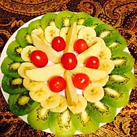 创意水果拼盘—绿意盎然的做法图解2