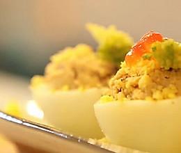 酥饼的鲔鱼蛋杯的做法