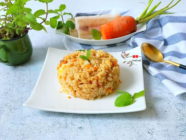 鳕鱼胡萝卜鸡蛋炒饭,口感香营养多!的做法