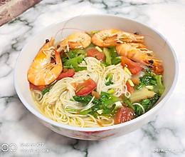 #冰箱剩余食材大改造#青菜鲜虾面的做法