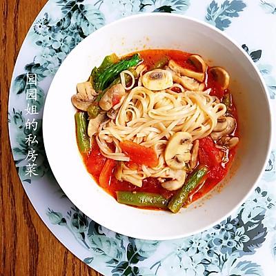 番茄蘑菇豆角煨面~三伏素食