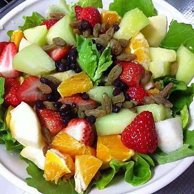 减肥什锦蔬菜水果沙拉