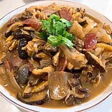 腊肠香菇炒滑鸡
