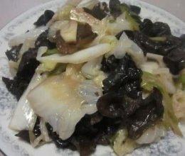 大葱炒白菜木耳的做法
