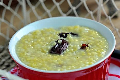 红枣小米粥