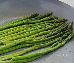 香煎芦笋的做法